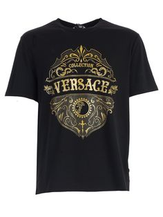 Shop Versace T-shirt S/s W/logo And Wester Printing In Black Printing from stores. Black Printing T-shirt S/s W/logo And Wester Printing New T Shirt Design, Tee Shirt Designs, Versace Hoodie, T Shorts, Versace Men, Swag Outfits, Graphic Shirts, Boys Shirts, Shirt Shop