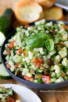 Cucumbers are the star in this easy bruschetta recipe! Toss them with ripe summer tomatoes, garlic, basil and olive oil to make the perfect topper for. Fresh Tomato Recipes, Cucumber Recipes, Salad Recipes, Vegetarian Recipes, Cooking Recipes, Healthy Recipes, Veggie Recipes, Empanadas, Easy Bruschetta Recipe