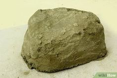 Imagen titulada Make Fake Rocks with Concrete Step 10