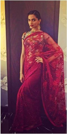 beautiful Deepika Padukone in our Maroon Saree with floral printed blouse… Deepika In Saree, Deepika Padukone Saree, Bollywood Saree, Bollywood Fashion, Sabyasachi, Lehenga, Bollywood Images, Kareena Kapoor, Bollywood Celebrities