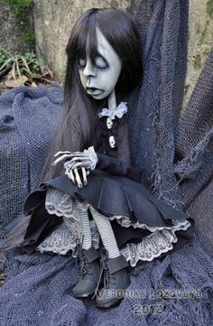 Gothic Art Doll. Creepy possessed Girl  Elza. 30'', via Etsy.