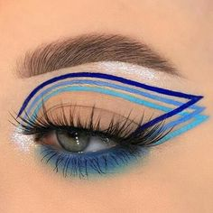 imagem descoberto por Abii 🐾. Descubra (e salve!) suas próprias imagens e vídeos no We Heart It Creative Makeup Looks, Unique Makeup, Colorful Eye Makeup, Stunning Makeup, Cute Makeup, Pretty Makeup, Natural Makeup, Sweet Makeup, Natural Eyeshadow