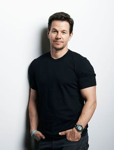 Mark Wahlberg Birthday, Real Name, Age, Weight, Height, Family, Wife, Children, Bio & More