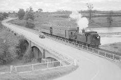 Richmond Bridge on the Hawkesbury River in 1945.