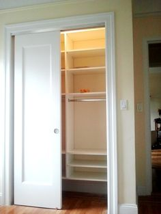 Simple reach in #closet for kids designed by Alfonsina Romero