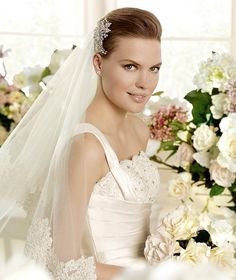 MARINA » Wedding Dresses » 2013 Glamour Collection » La Sposa (close up)