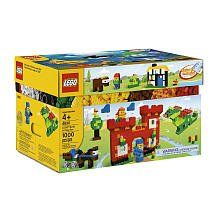 LEGO Build and Play Box (4630) 1,000 Piece Set by LEGO. $82.28. Enhance creative play with the enclosed idea booklet. Decorated faces, decorated eyes, wheels and lots of basic LEGO bricks. Reusable storage box. Enter a world of creative building and play. Contains 1,000 elements in a range of colors. Start learning to build everything with this LEGO Build and Play Box (4630). With an impressive 1,000 LEGO bricks in a wide range of colors, the Build & Play Box is the perfect addi...