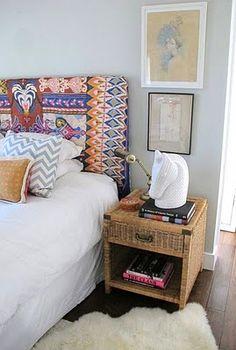 Bromeliad: DIY scarf headboard makeover - Fashion and home decor DIY and inspiration
