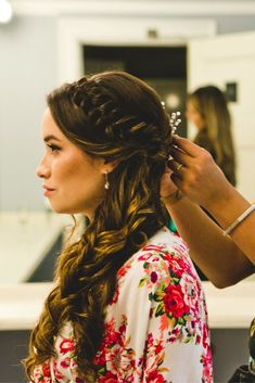 so happy with how this romantic, braided wedding hairstyle turned out, and so wa… so happy with how this romantic, braided wedding hairstyle turned out, and so was the bride! the cascading curls and boho braid were camera-ready details Braided Hairstyles For Wedding, Box Braids Hairstyles, Winter Hairstyles, Braided Updo, Boho Braid, Bridesmaid Hairstyles, Homecoming Hairstyles, Hairstyle Ideas, Salon Style