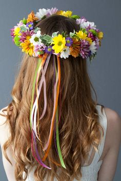 How to make a flower crown.