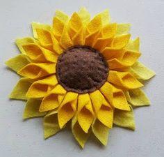 How to make a felt sunflower - Sunflower Crafts - How to make a felt sunflower – TodayweCraft - Felt Crafts Patterns, Felt Crafts Diy, Felt Diy, Fall Crafts, Diy Crafts For Kids, Simple Crafts, Craft Ideas, Felt Flowers, Diy Flowers