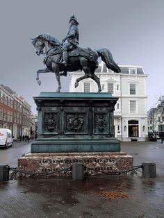 Noordeinde- Den Haag  l Den Haag l The Hague l Dutch l The Netherlands #Holland #travel