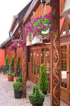 Brasov, Romania Beauty Around The World, Around The Worlds, Places To Travel, Places To See, Beautiful World, Beautiful Places, Brasov Romania, Visit Romania, Colourful Buildings