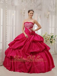 Best Coral Red Quinceanera Dress Strapless Taffeta Beading Ball Gown http://www.fashionos.com This gorgeous red quinceanera dress will make you become the most popular one in the party or any other occasion you attend.The fitted ,strapless bodice is characterized by the lovely shimmering beadings and embellished appliques with the ruching makes this gorgeous dress graceful and tasteful.
