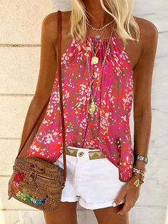 Shopping Bohemian sleeveless print T-shirt online with high-quality and best prices Camis & Vests at Luvyle. Denim Fashion, Fashion Outfits, Womens Fashion, Chemises Sexy, Denim T Shirt, Mode Jeans, Off Shoulder Shirt, Moda Chic, Style Casual