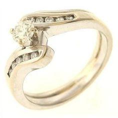 0.42ctw Diamond 14kt Gold Ring  http://www.propertyroom.com/l/042ctw-diamond-14kt-gold-ring/9574079