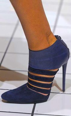 Balenciaga. Y'all need to stop it! It's begginning to look like there's not shoe I've met that I didn't like!