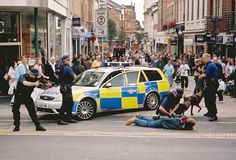 His fucked hahahaha - police 1 criminal 0 Cops, Crime, Police, Florida, Street View, Scene, Hero, London, Exhibit