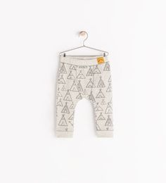 Image 1 of HUT PRINT LEGGINGS from Zara just ordered n am dying!