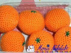 Gehäkeltes für den Kaufladen - Baby Spielzeug , દુકાન માટે ક્રોશેટેડ Source by PhipsJoha. How To Start Knitting, Learn To Crochet, Crochet For Kids, Crochet Baby, Fruits En Crochet, Crochet Food, Baby Knitting Patterns, Crochet Patterns, Play Food