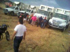 Entregan vehículos retenidos a ayuntamiento de Juchitán