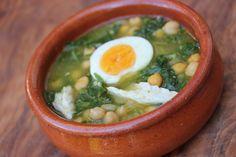 Spanish Salt Cod Stew with Chickpeas and Spinach (Potaje de Vigilia) / Lola Espana Blog – Spanish Food Online – Lola España / RECIPE http://www.lolaespana.com/blog/spanish-salt-cod-stew-with-chickpeas-and-spinach