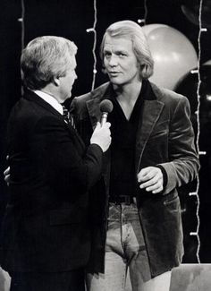 Actor David Soul and Merv Griffin attending 'Governor Carey Gala Honoring Merv Griffin's 2000 Show' on October 26 1979 at 'Governor Carey Gala...