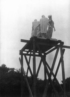 Auguste Rodin, The Burghers of Calais on Scaffolding