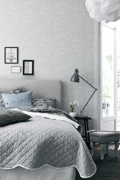 Minimalist Scandinavian Bedroom - For Small Rooms Master For Men For Women For Teen Girls For Couples DIY Boys Apartment Cozy Rustic Boho Vintage Modern Teenage Guest Cheap College Bohemian Cute On A Scandinavian Bedroom, Scandinavian Design, Minimalist Scandinavian, Nordic Bedroom, Stig Lindberg, Vintage Modern, Boho Vintage, Shabby Chic Bedrooms, Teen Girl Bedrooms
