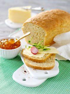 Baka glutenfritt formbröd Gluten Free Baking, Gluten Free Recipes, Bread Recipes, Baking Recipes, No Bake Desserts, Dessert Recipes, Vegan Bread, English Food, Bread Baking