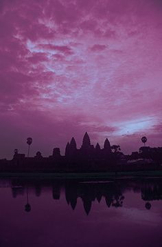 Angkor Wat is the largest Hindu Buddhist temple complex and the largest religious monument in the world. Reflection Photos, Cambodia Travel, Good Morning World, Phnom Penh, Ways Of Seeing, Angkor Wat, Sky And Clouds, World Of Color, Asia Travel