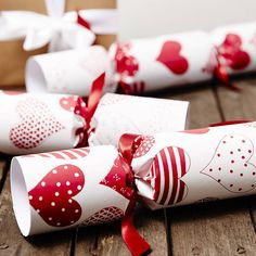 Are you interested in our heart christmas crackers? With our recycled christmas crackers you need look no further. Christmas Quotes, Christmas 2015, Christmas Themes, White Christmas, Merry Christmas, Xmas, 2015 Wallpaper, Christmas Crackers, Red And White