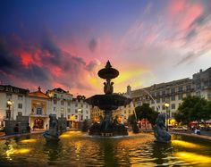 Rossio a anoitecer, Lisboa - Louis Dobson
