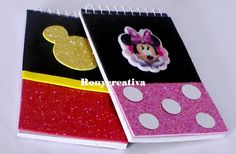 Handmade Notebook, Diy Notebook, Notebook Covers, Fiesta Mickey Mouse, Mickey Minnie Mouse, Disney Mickey, Disney Diy, Disney Crafts, Mickey Drawing