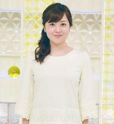 日本テレビ・水卜麻美アナウンサー (C)ORICON NewS inc. Japanese Beauty, Ruffle Blouse, Lady, Long Sleeve, Cute, Women, Fashion, Moda, Long Dress Patterns