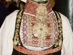 Numedalsnett Geometric Embroidery, Embroidery Designs, Folk Costume, Costumes, Swedish Fashion, Bargello, Folklore, Norway, Rugs