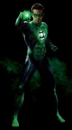 Ryan Reynolds as The Green Lantern (DC Comics). Green Lantern Kostüm, Green Lantern Cosplay, Green Lantern Comics, Green Lantern Hal Jordan, Green Lantern Actor, John Stewart, Lanterna Verde Ryan Reynolds, Batman, Green Lantern Ryan Reynolds