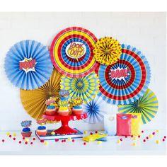 abanicos de papel para decoración de fiestas infantiles con un estilo cómic. Son de doble cada y llevan cinta para poder colgar y adornos.