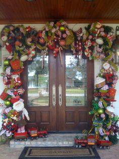 S DeCosmo ♡♡♡ Toy door surround Christmas Front Doors, Christmas Door Decorations, Christmas Porch, All Things Christmas, Christmas Holidays, Christmas Wreaths, Christmas Crafts, Christmas Ornaments, Holiday Decor
