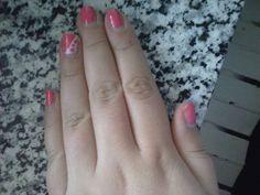 nail art abbastanza semplice :)