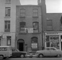 Middle Abbey Street 1965 Old Pictures, Old Photos, Dublin Street, Middle, Street View, Times, Antique Photos, Vintage Photos