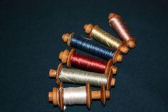 Garnröllchen - yarn rolls Seide pflanzengefärbt von meiner Frau - silks plant dyed by my wife