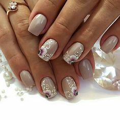 32 Ideas French Manicure With Flower One Stroke Glitter French Manicure, French Tip Nails, Gel Manicure Designs, Manicure And Pedicure, Fancy Nails, Pretty Nails, White Lace Nails, Square Nail Designs, Latest Nail Art