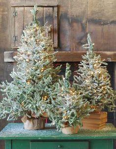 Trio of miniature Christmas trees Woodland Christmas, Primitive Christmas, Country Christmas, Winter Christmas, Vintage Christmas, Christmas Holidays, Christmas Decorations, Holiday Decor, Miniature Christmas