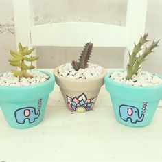 Home Decor – Decor Ideas – decor Painted Plant Pots, Painted Flower Pots, Flower Pot Crafts, Ceramic Planters, Diy Home Crafts, Pottery Painting, Terracotta Pots, Cactus Flower, Clay Pots