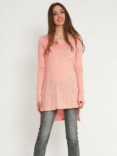Ασύμμετρη μπλούζα - 7,99 € - http://www.ilovesales.gr/shop/asymmetri-blouza-64/