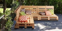 From pallet sofas to planters, the possibilities are endless. Get some pallet ideas here and buy brand new, planed, pre-treated, kiln dried and FSC pallets at Homebase. Palette Garden Furniture, Garden Furniture Design, Pallet Patio Furniture, Skid Furniture, Furniture Market, Furniture Plans, Pallet Garden Benches, Pallet Decking, Diy Pallet Sofa