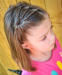 Mädchen-Frisuren für Kinder # Frisuren - Mode fille: toutes les idées et les tendances Little Girl Haircuts, Baby Girl Hairstyles, Hairstyles For School, Cute Hairstyles, Hairstyle Ideas, Gorgeous Hairstyles, Teenage Hairstyles, Toddler Hairstyles, Beautiful Haircuts