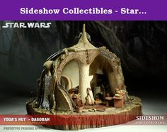 Sideshow Collectibles - Star Wars diorama 1/6 Yoda's Dagobah Hut 40 cm. Sideshow Collectibles is proud to present the Yoda's Hut - Dagobah 12-inch Figure Environment, the latest addition to Sideshow's award-winning Star Wars Collectible line. Depicting the Jedi Mentor's simple home in the hidden jungles of Dagobah, each piece is individually painted and finished, each with its own unique quality and detail that is the trademark of a handcrafted Sideshow Collectibles product. The Yoda's Hut…