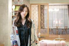 Seo Hyun Jin, Beauty Inside, Movie List, Korean Beauty, Actresses, Film, Fashion, Female Actresses, Movie
